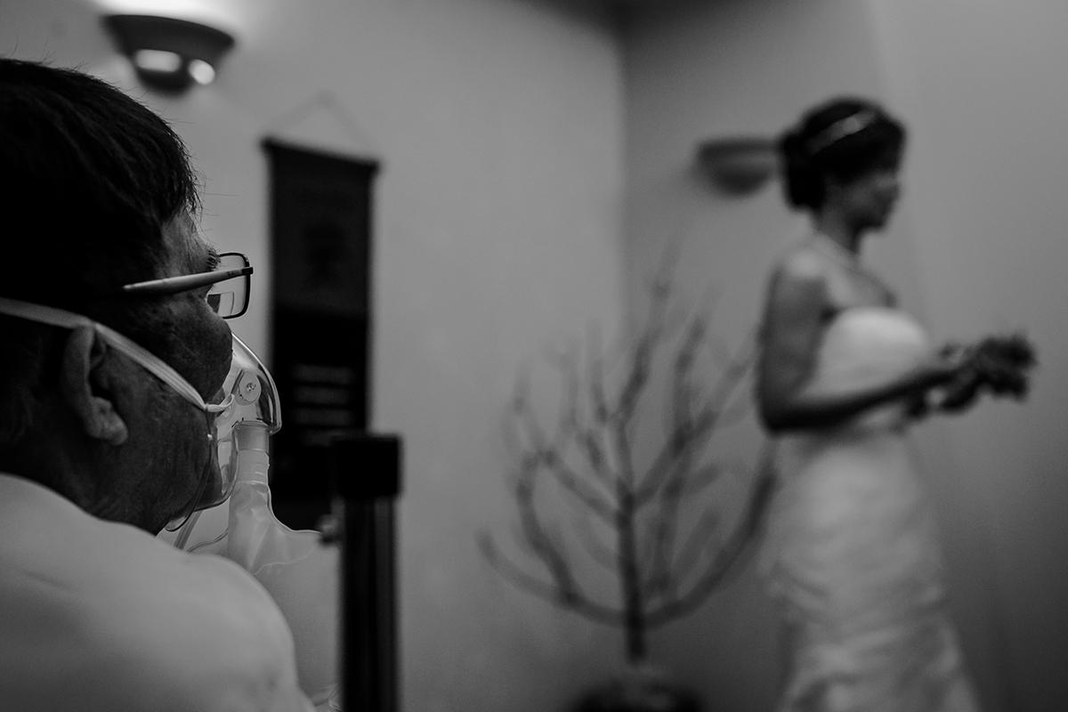 Seven Oaks Winnipeg wedding ceremony for sick dad.jpg