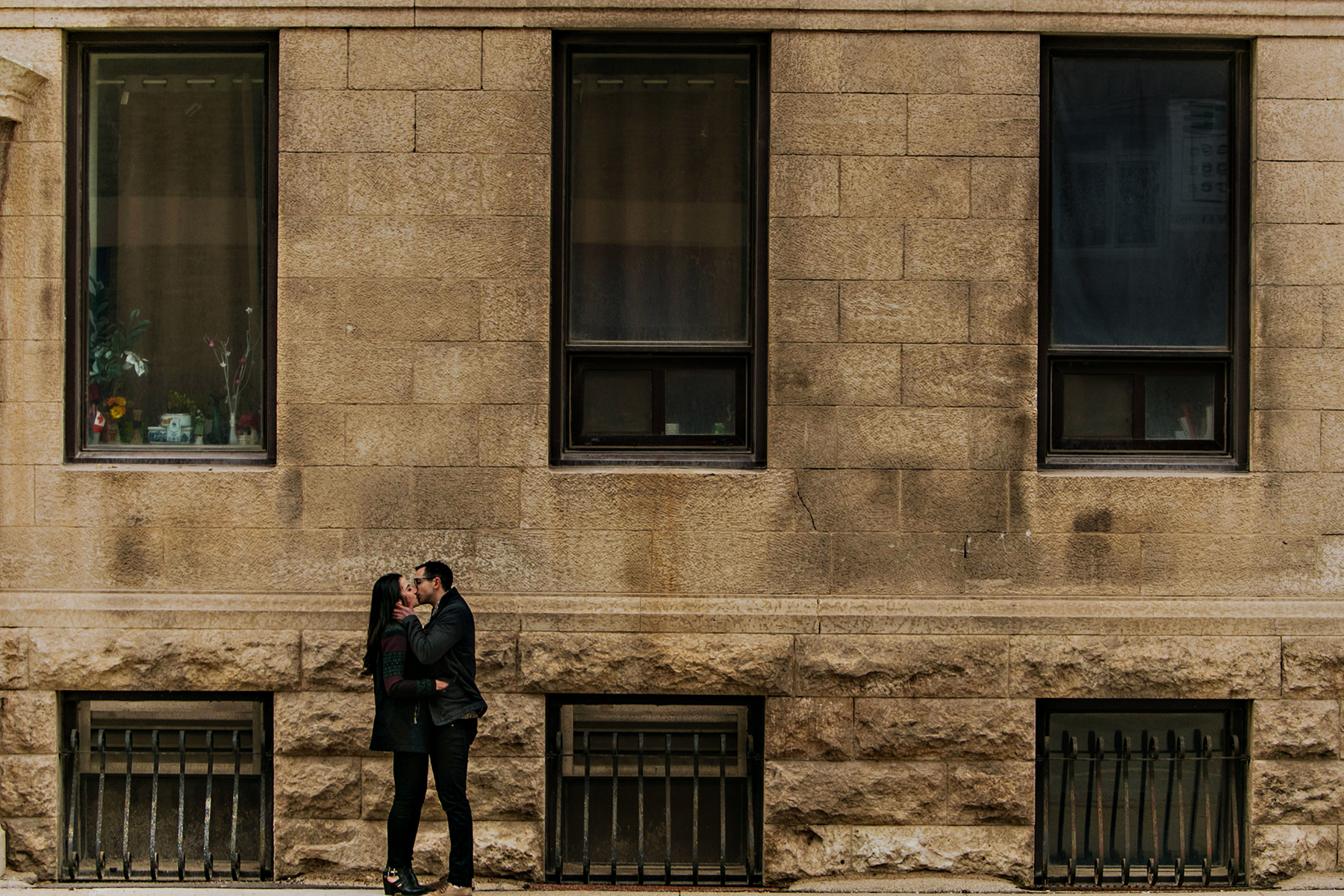 0010-engagement-photographer-winnipeg.jpg