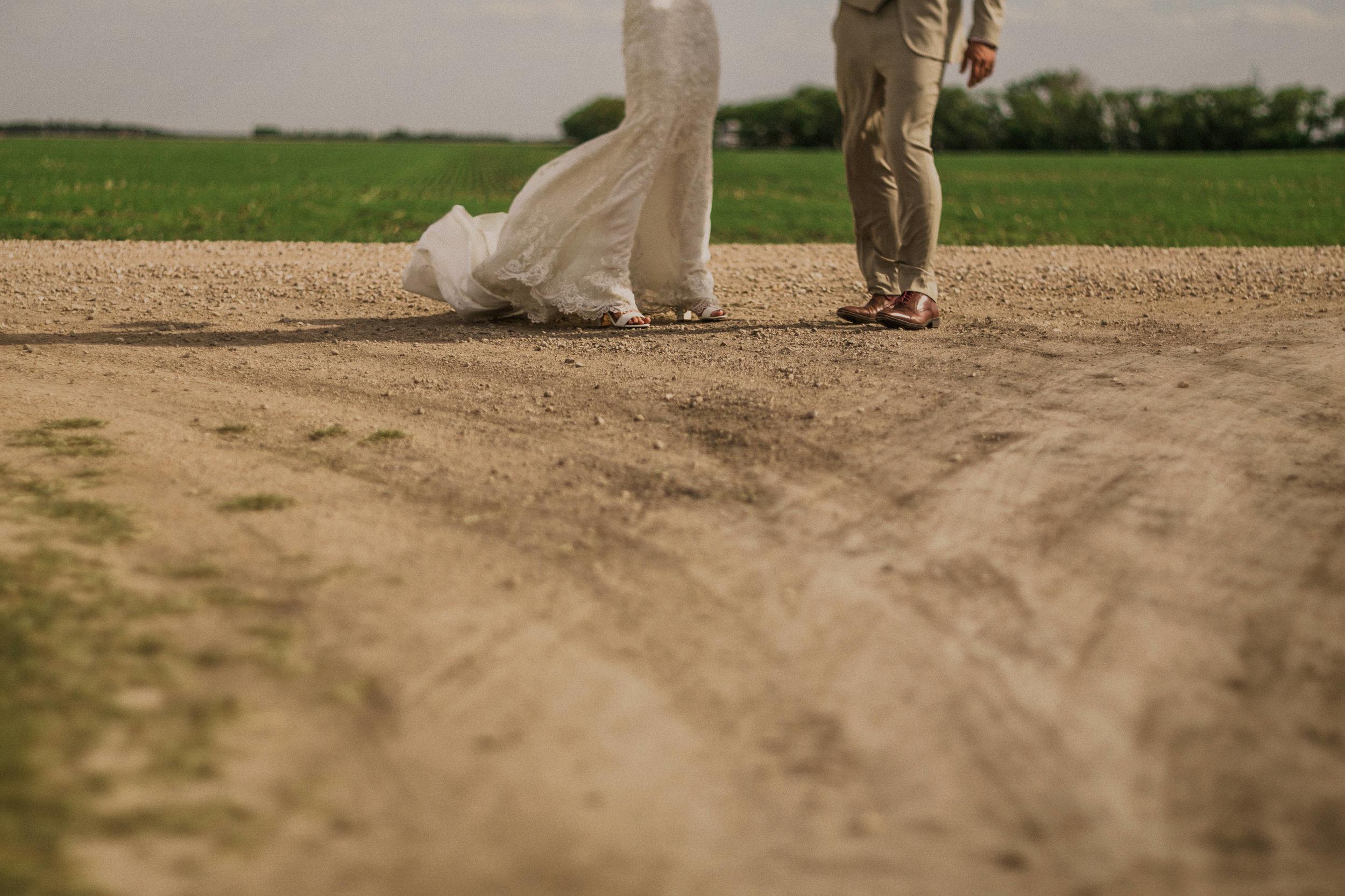 0006-winnipeg-wedding-photography.jpg