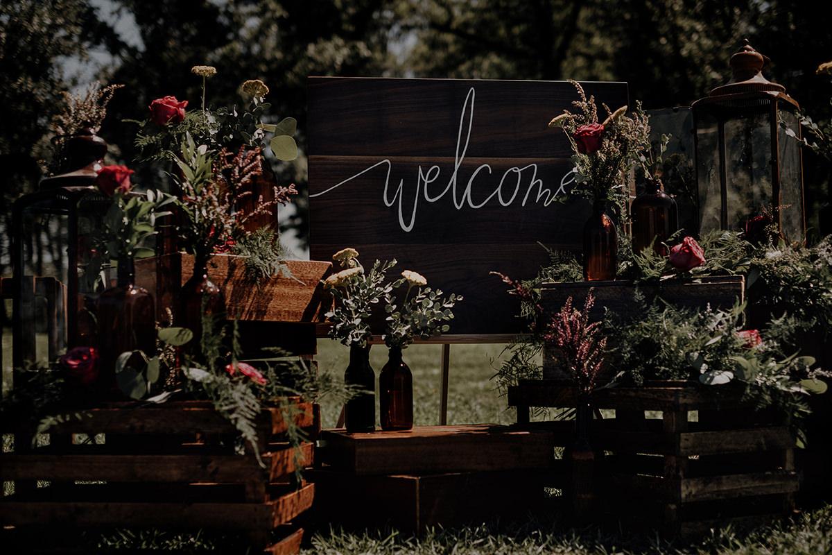 Little Flower Shop Winnipeg wedding decor