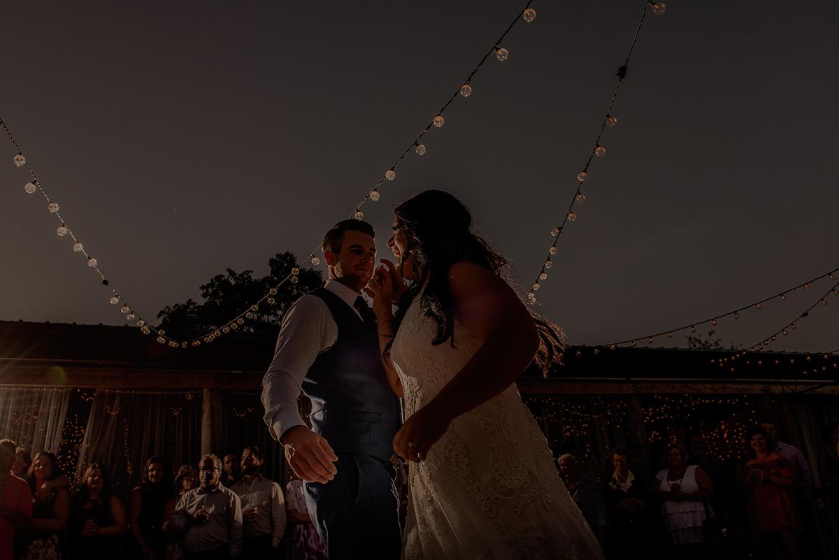0049LaLune-winnipeg-outdoor-wedding.jpg