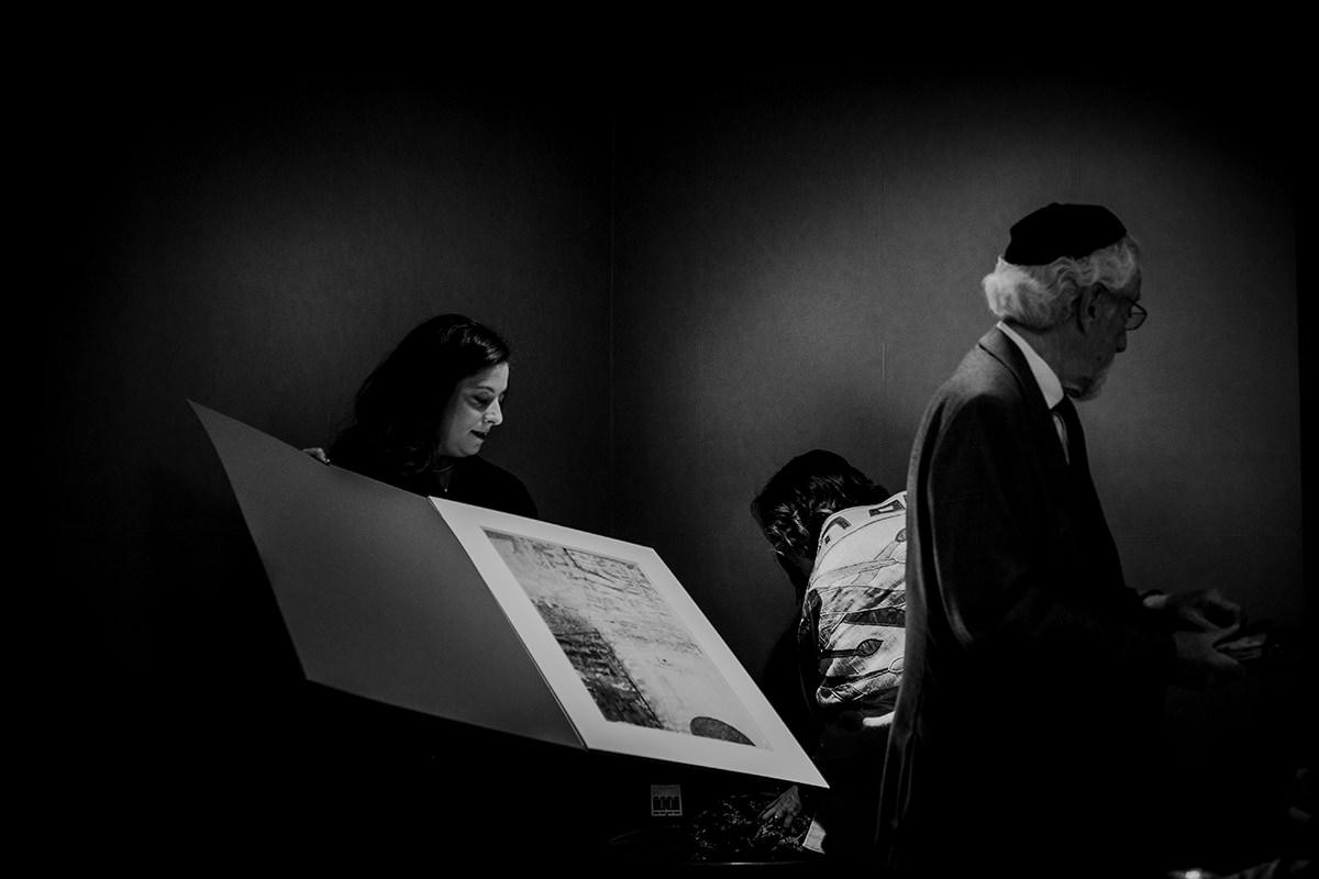 Jewish wedding photos Fort Garry Hotel