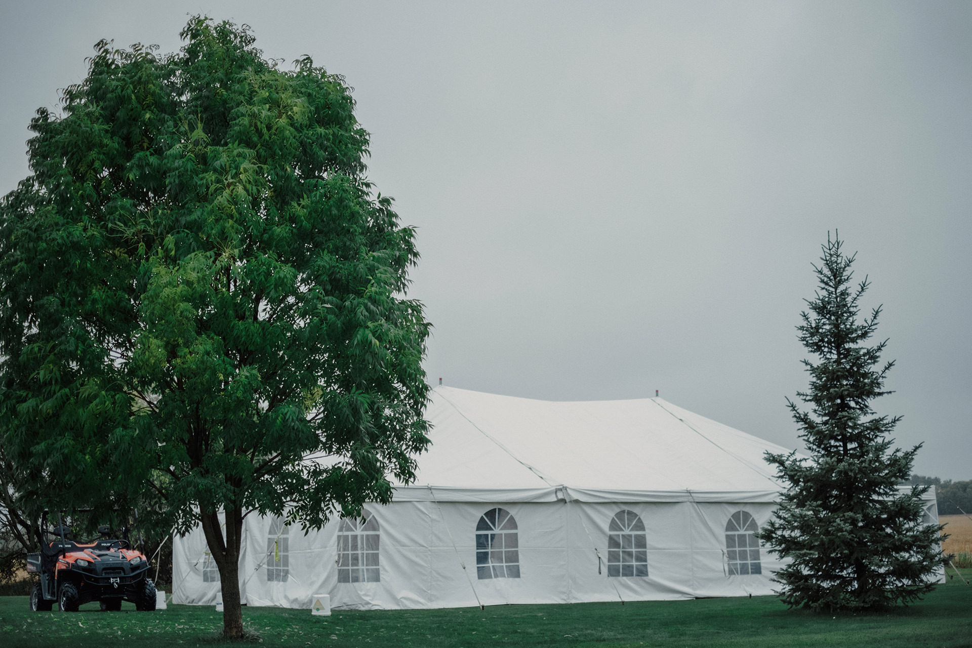 0004-balmoral-manitoba-tent-wedding-stephanie-ryan.jpg
