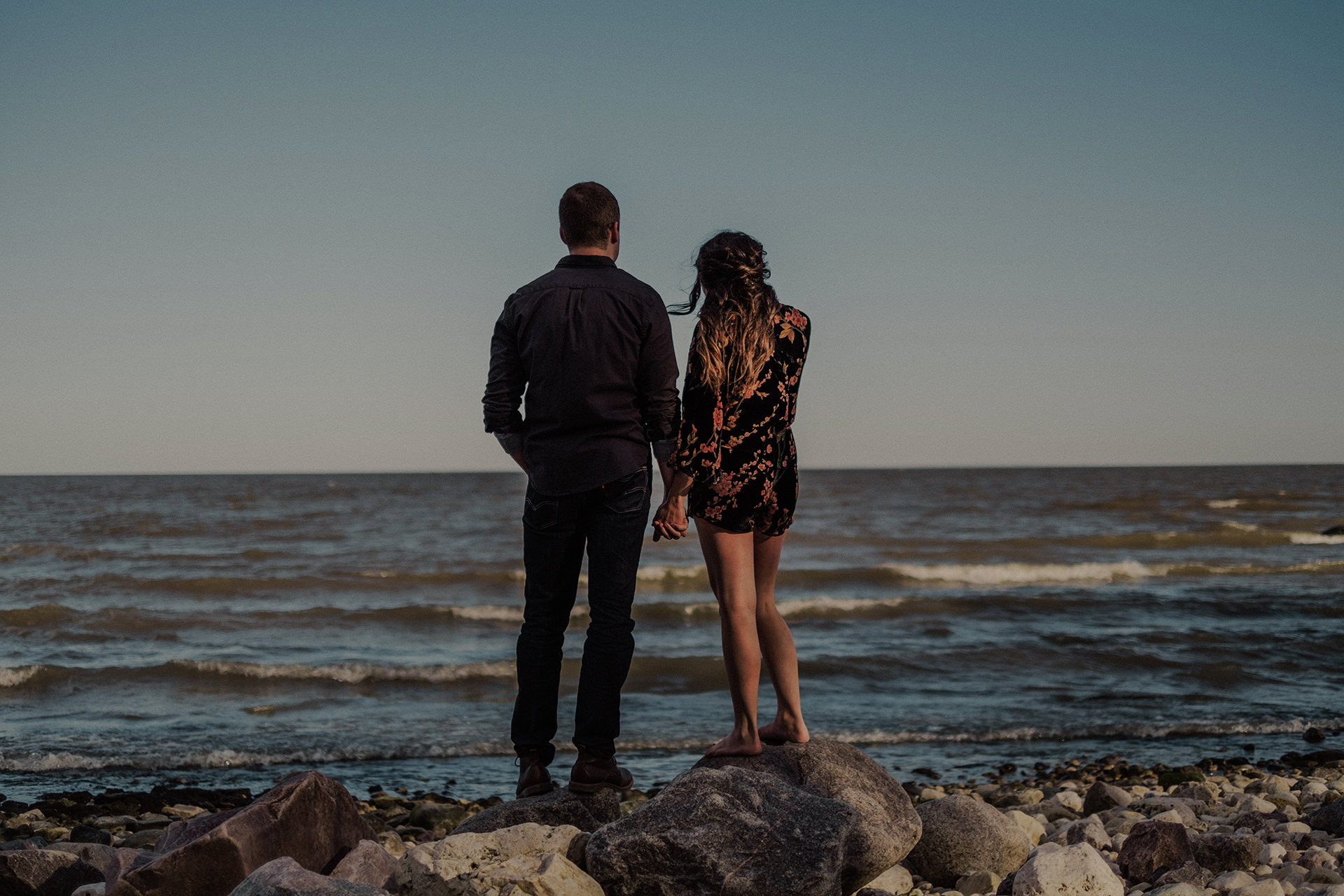 0001-gimli-lake-engagement-photos-melissa-chris.jpg