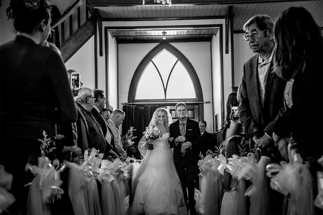 0005-gimli-hecla-wedding-alana-grant.jpg