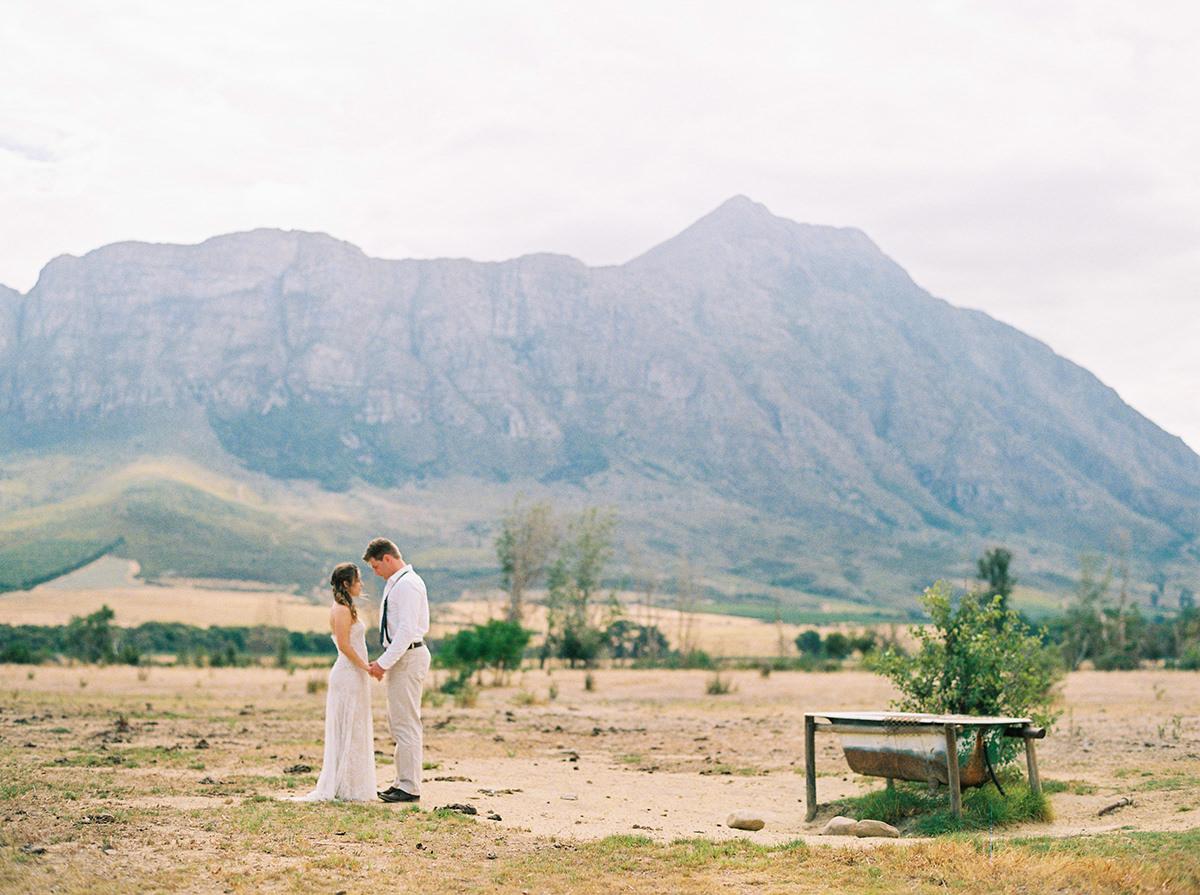 0014-winnipeg-wedding-photographers-blfstudios.jpg