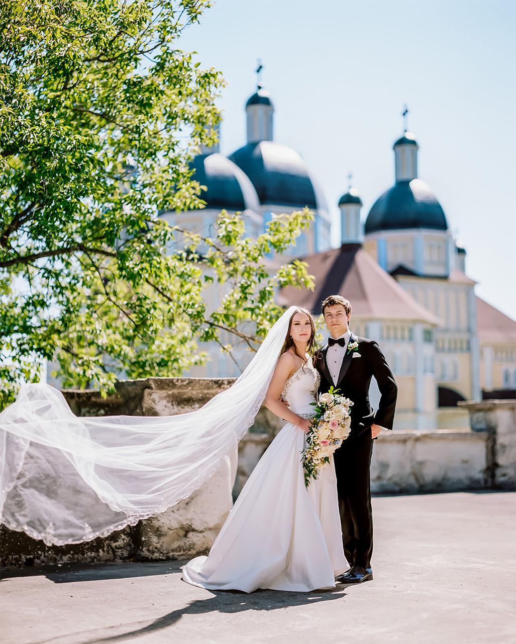 Kirstin+Edward|Married-Wedding-Grotto-CooksCreek-Manitoba-EvergreenVillage-ClassyWedding-HighEndWedding-LuxuryWedding-FineArtWedding-Winnipeg-WinnipegWeddingPhotographer-019.jpg