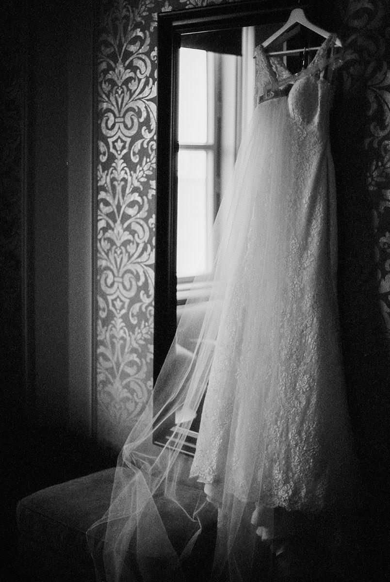 0002-qualico-family-centre-wedding-photos-melissa-chris.jpg