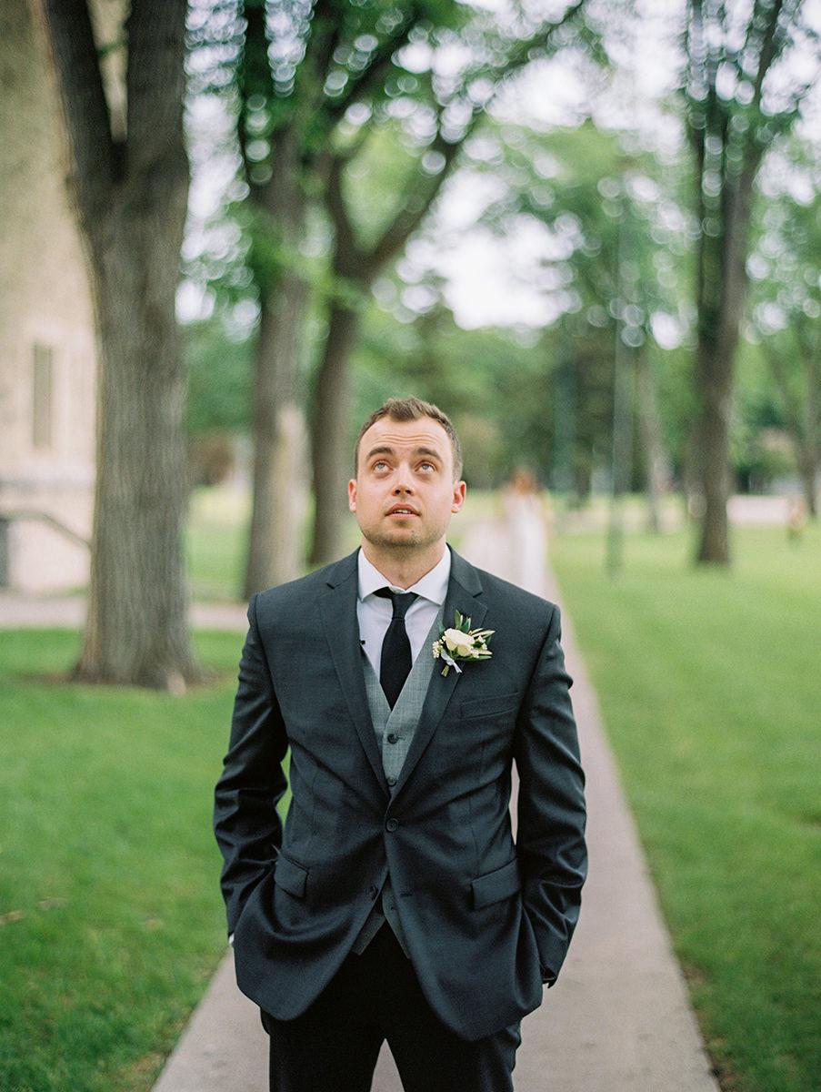 0009-qualico-family-centre-wedding-photos-melissa-chris.jpg