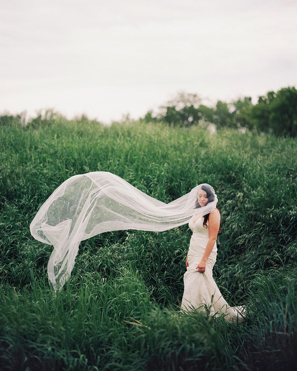 0014-qualico-family-centre-wedding-photos-melissa-chris.jpg