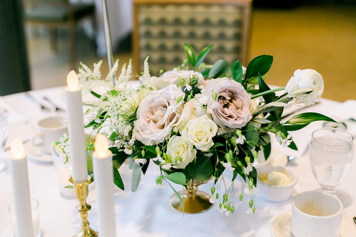 0030-qualico-family-centre-wedding-photos-melissa-chris.jpg