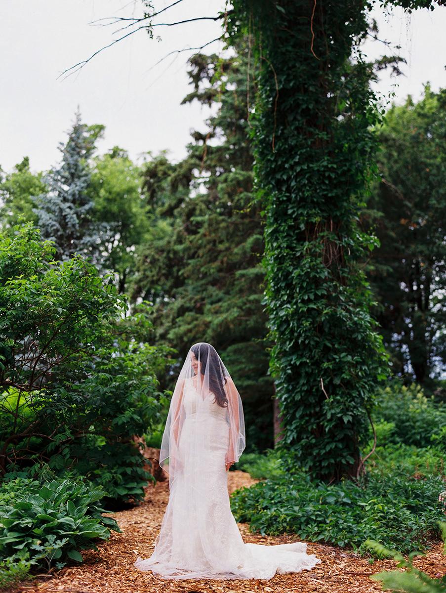 0044-qualico-family-centre-wedding-photos-melissa-chris.jpg
