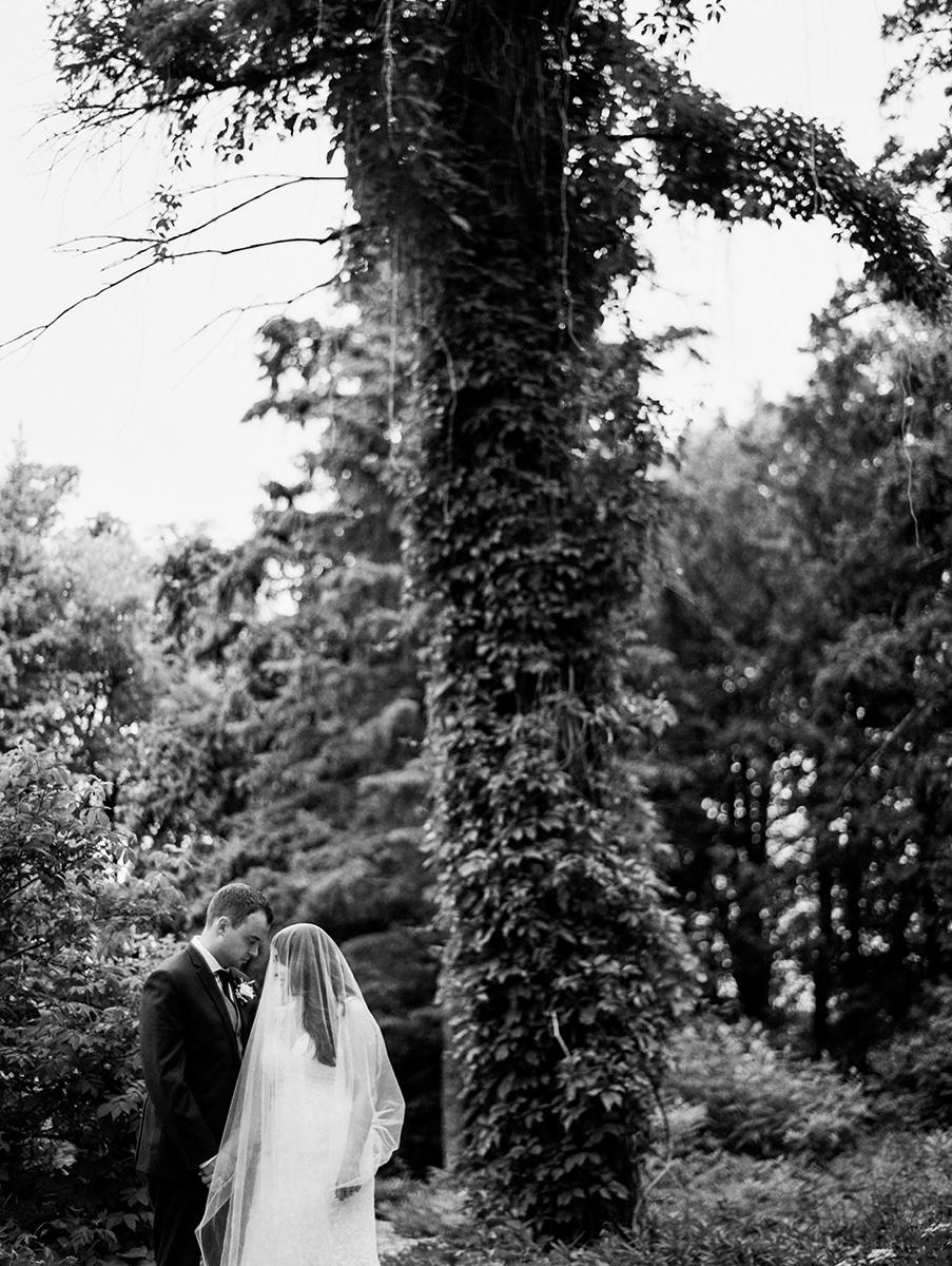 0045-qualico-family-centre-wedding-photos-melissa-chris.jpg