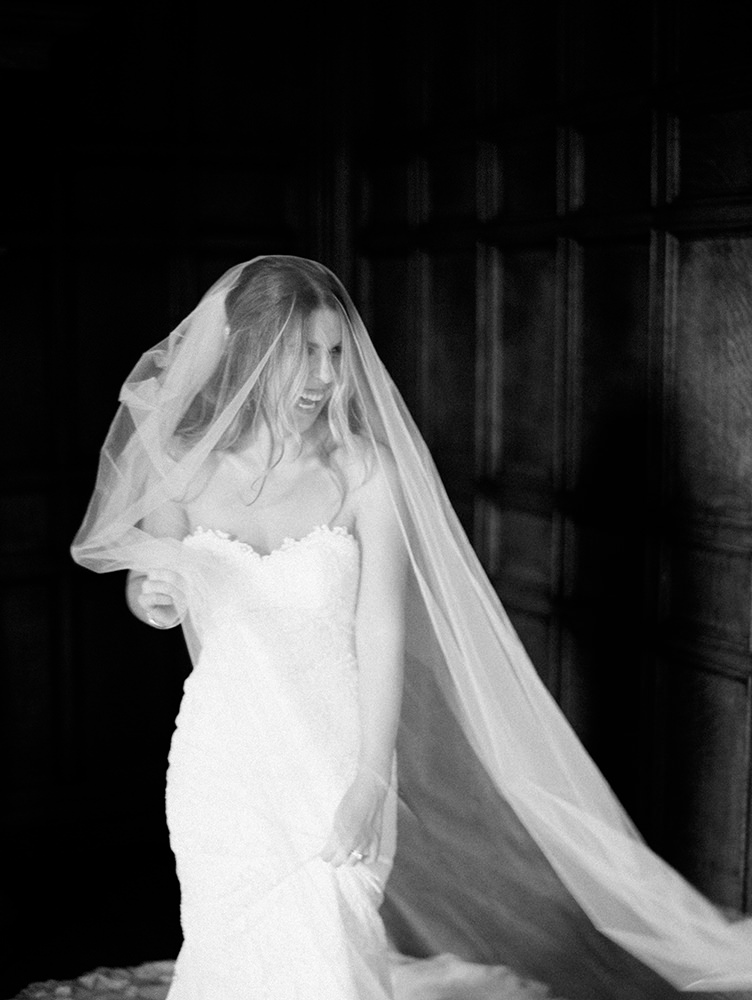 0023-carmen-kevin-fort-garry-hotel-wedding.jpg