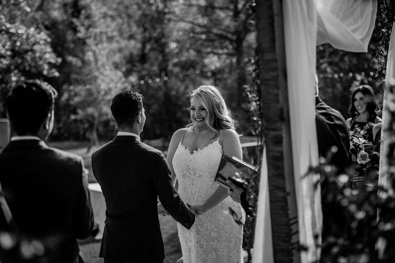 CarrieyAndCorey-Married-Wedding-HawthornEstatesWedding-WinnipegManitoba-CountryWedding-AutumnWedding-Fall-OutdoorWedding-blfStudios-Tony-027.jpg