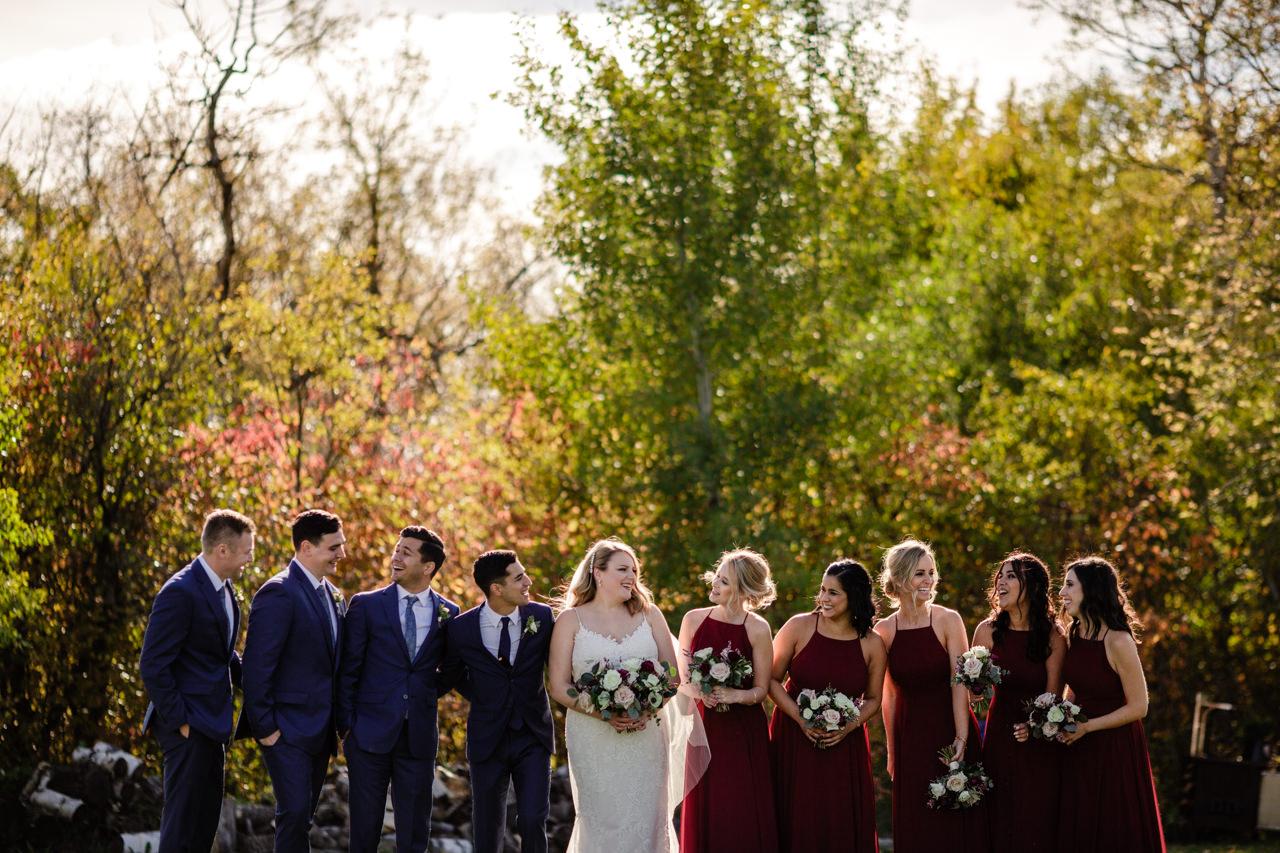 CarrieyAndCorey-Married-Wedding-HawthornEstatesWedding-WinnipegManitoba-CountryWedding-AutumnWedding-Fall-OutdoorWedding-blfStudios-Tony-034.jpg
