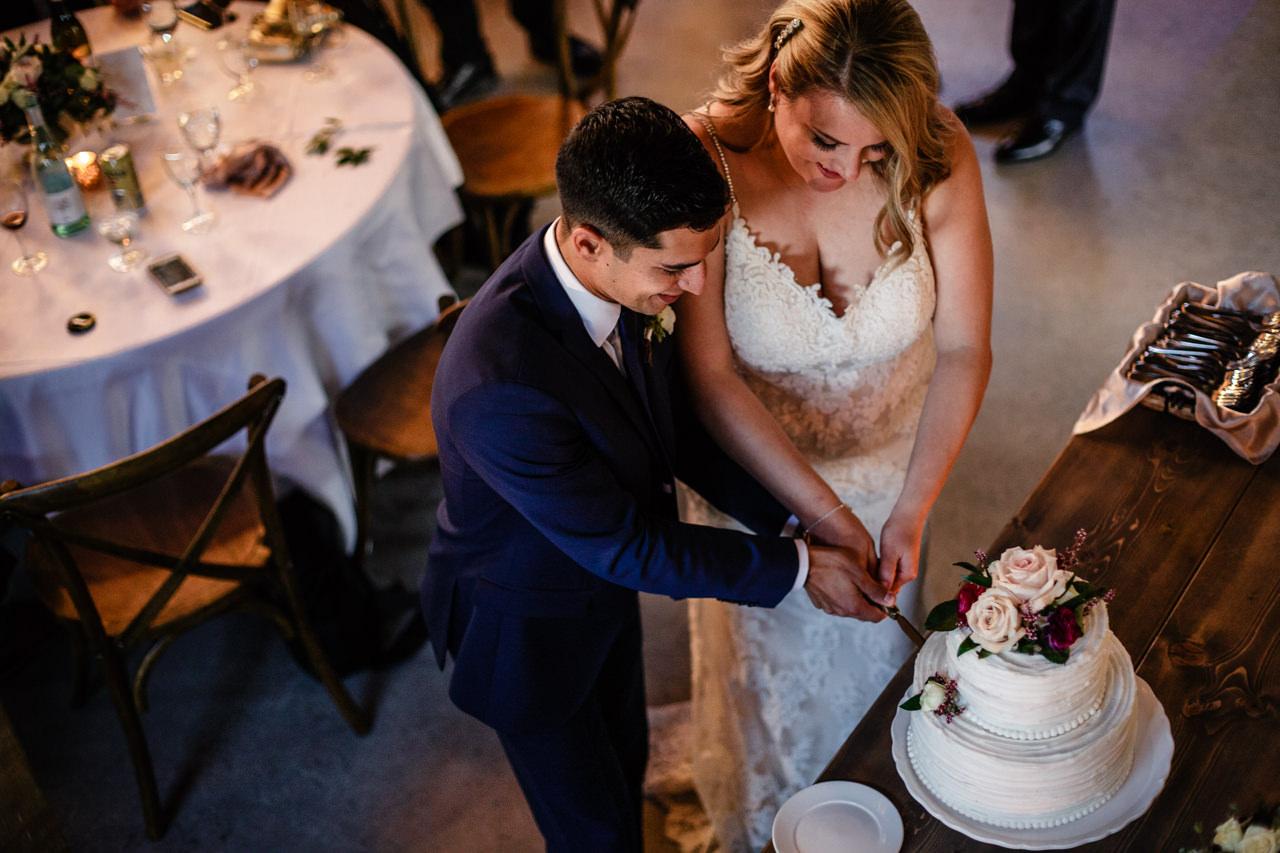 CarrieyAndCorey-Married-Wedding-HawthornEstatesWedding-WinnipegManitoba-CountryWedding-AutumnWedding-Fall-OutdoorWedding-blfStudios-Tony-050.jpg