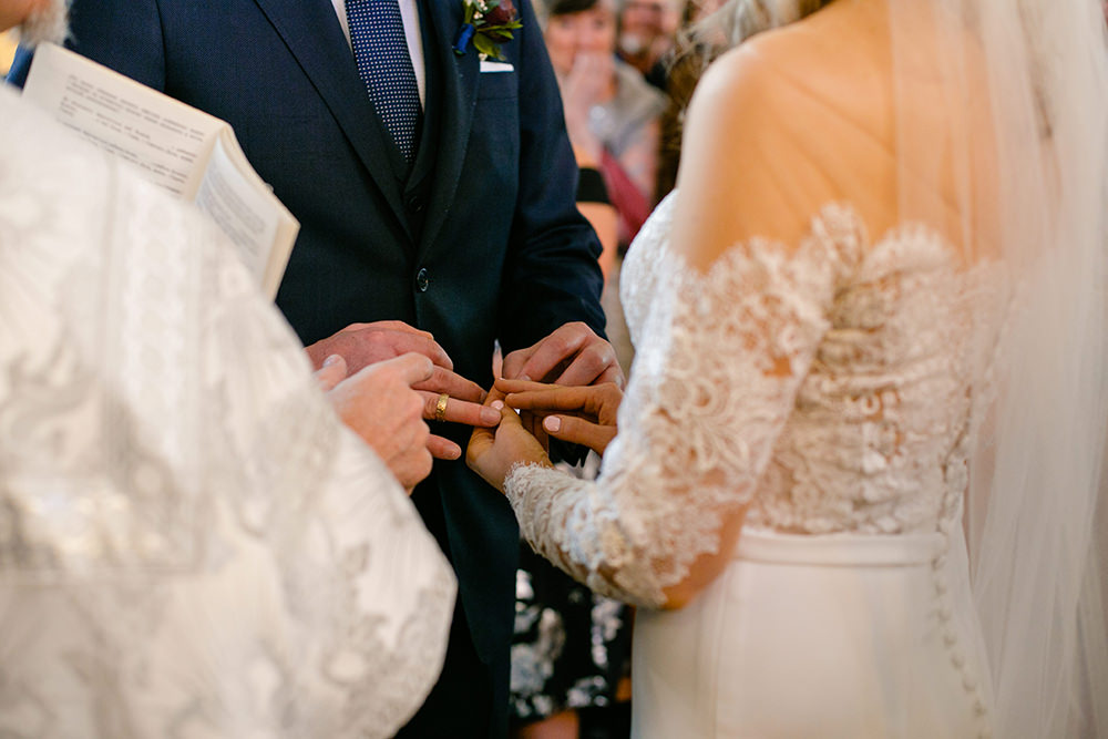 0017qualico-centre-winter-wedding-lesya-kellen.jpg