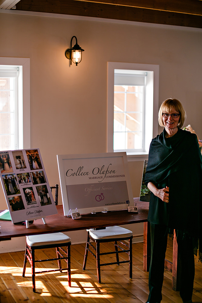 Winnipeg wedding officiant Colleen