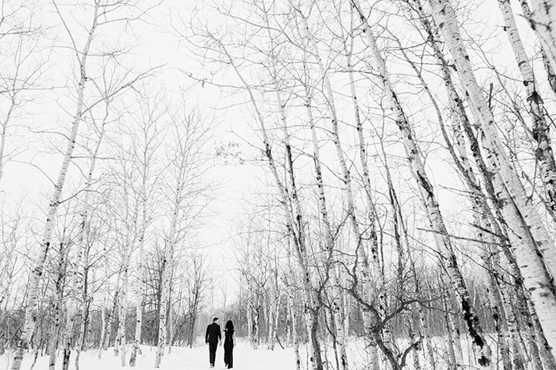 winter-engagement-photos-birds-hill-park009.jpg