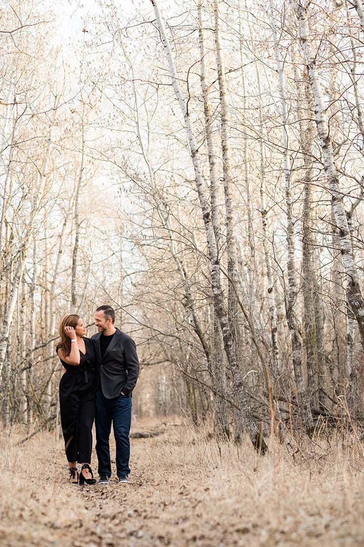 0003assiniboine-forest-engagement-photos-blfstudios.jpg