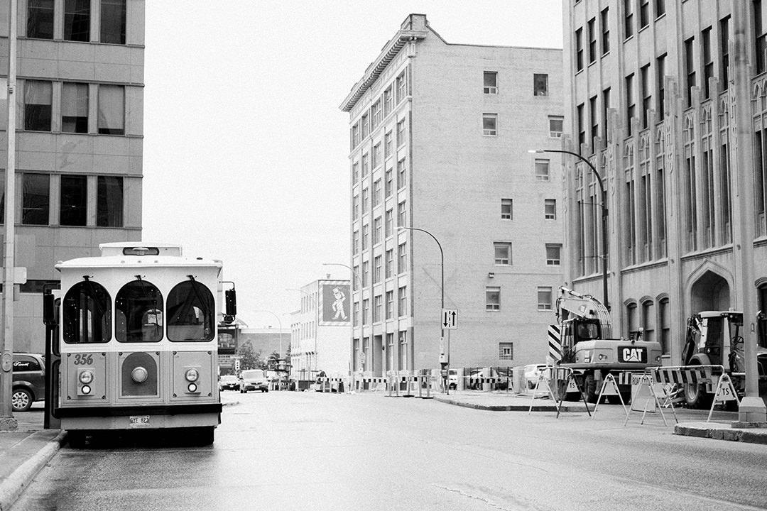 Winnipeg Trolley for weddings in Winnipeg
