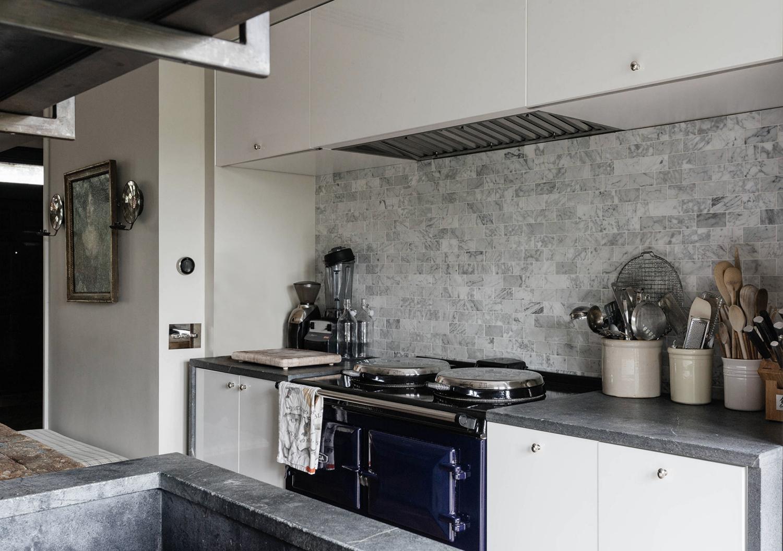 165c kitchen range mod1500.jpg