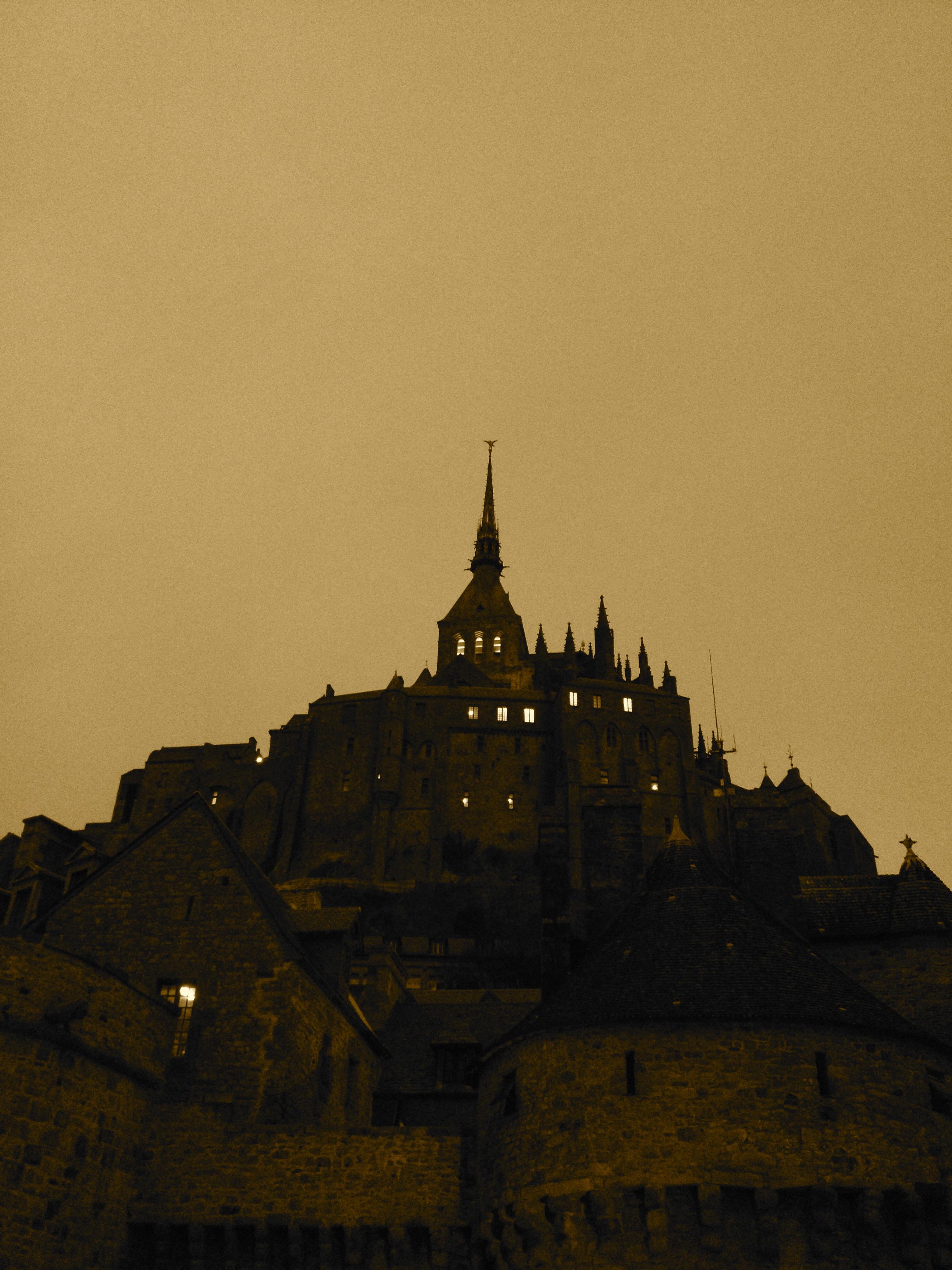 night fall at Mont Saint Michel