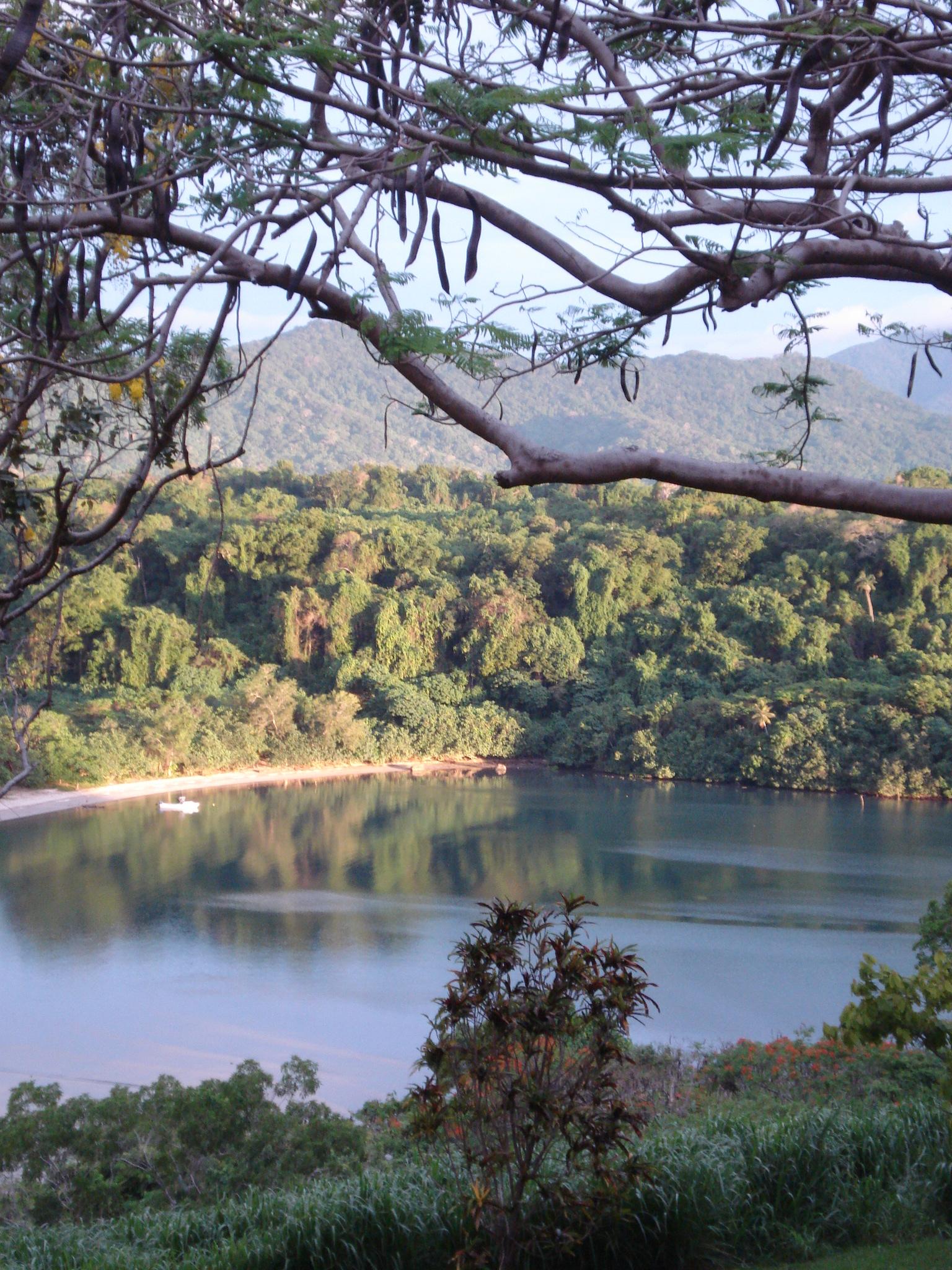 Lambubu Bay, Malekula, Vanuatu