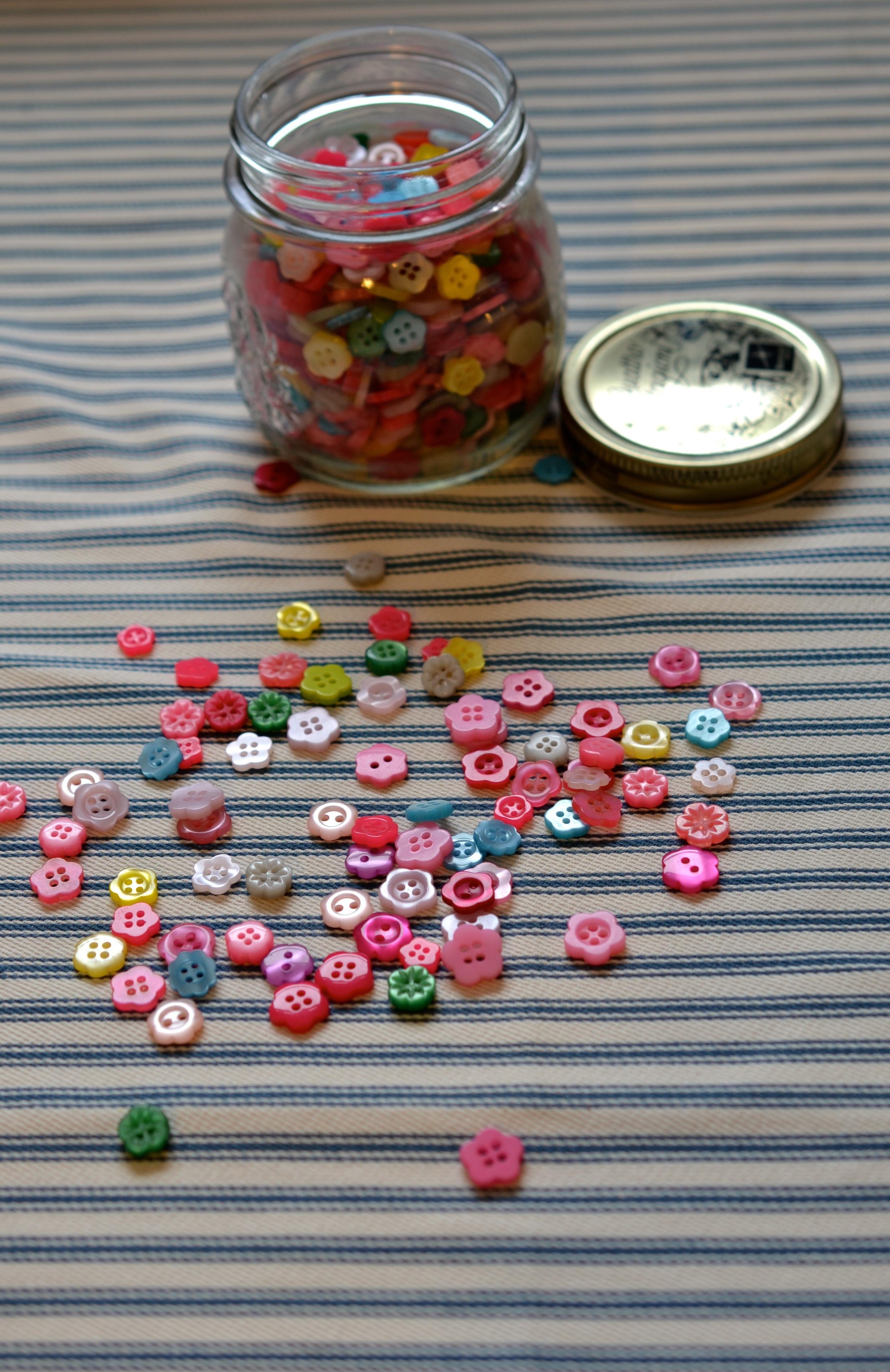 Flower Buttons3.jpg