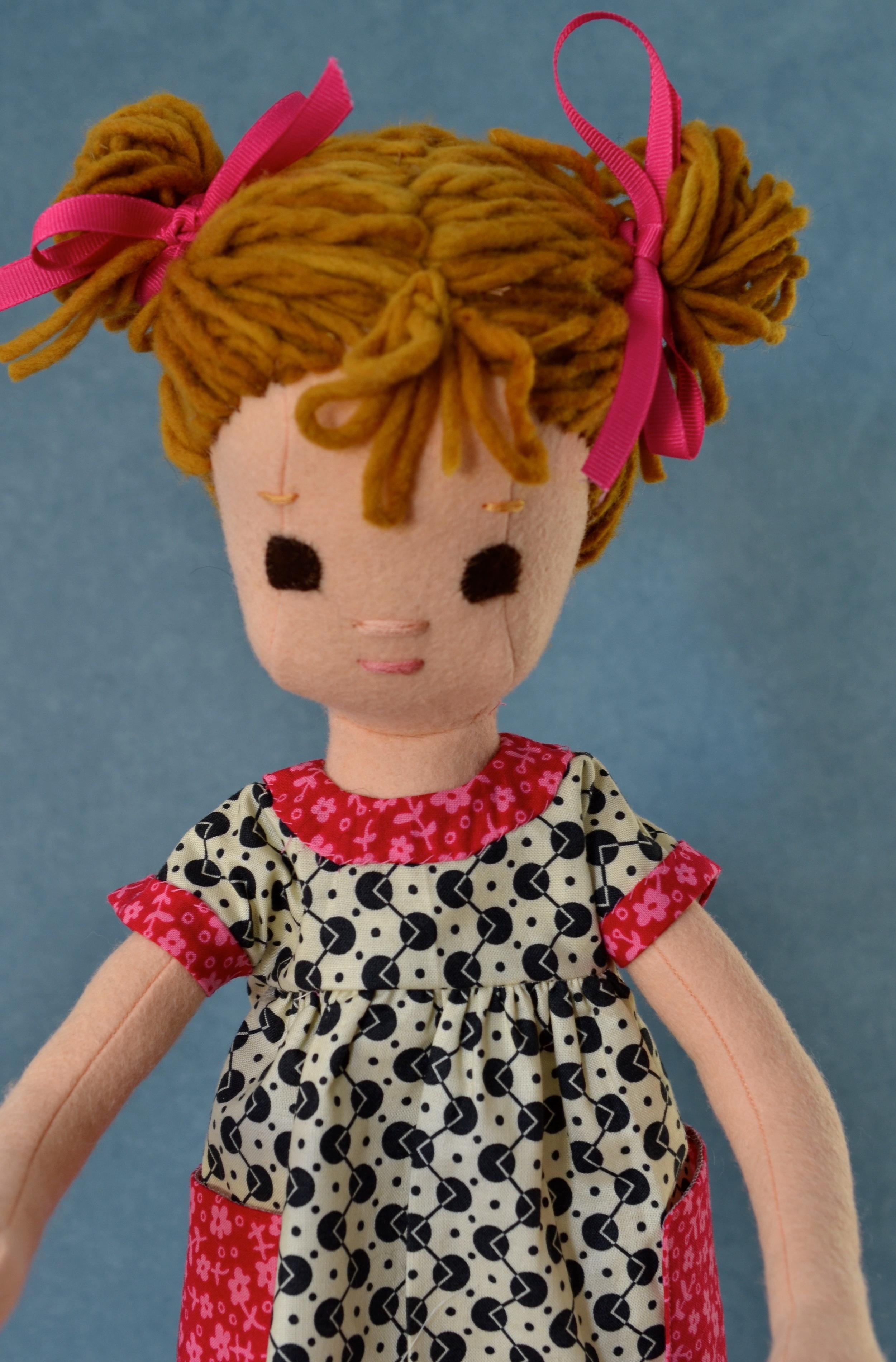Auburn hair brown eyes2.jpg