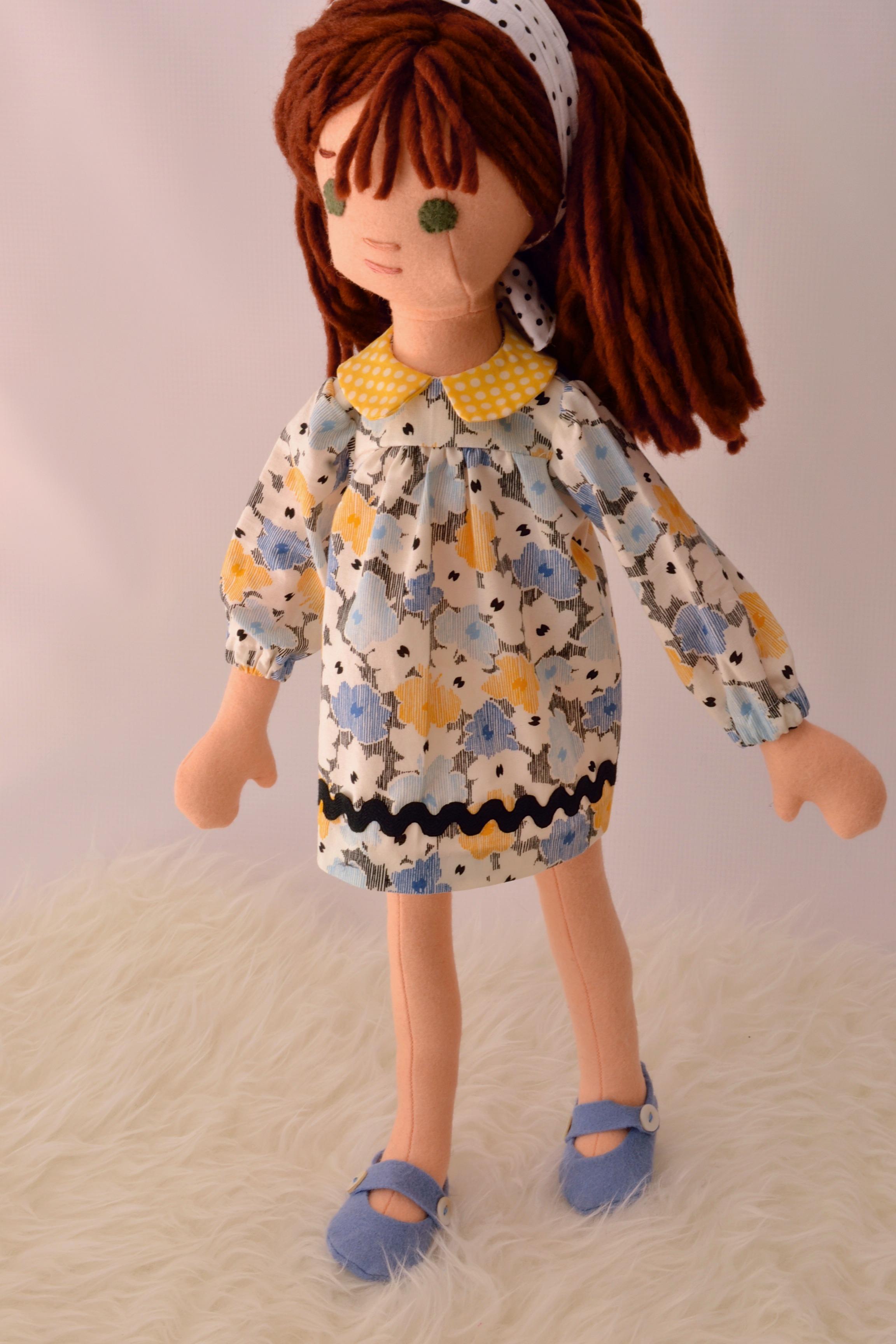 A custom Phoebe Doll