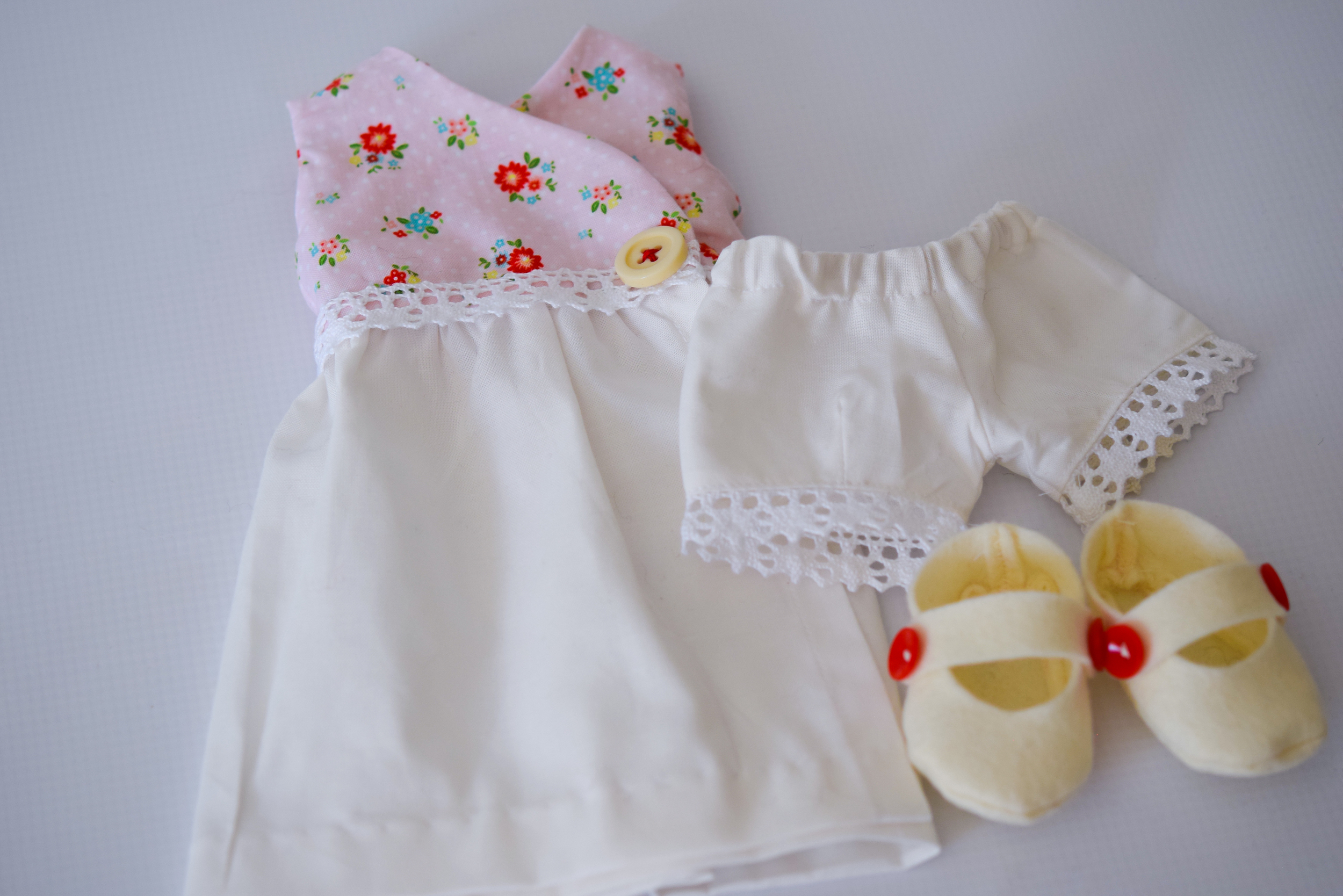 New Doll Clothes Sets