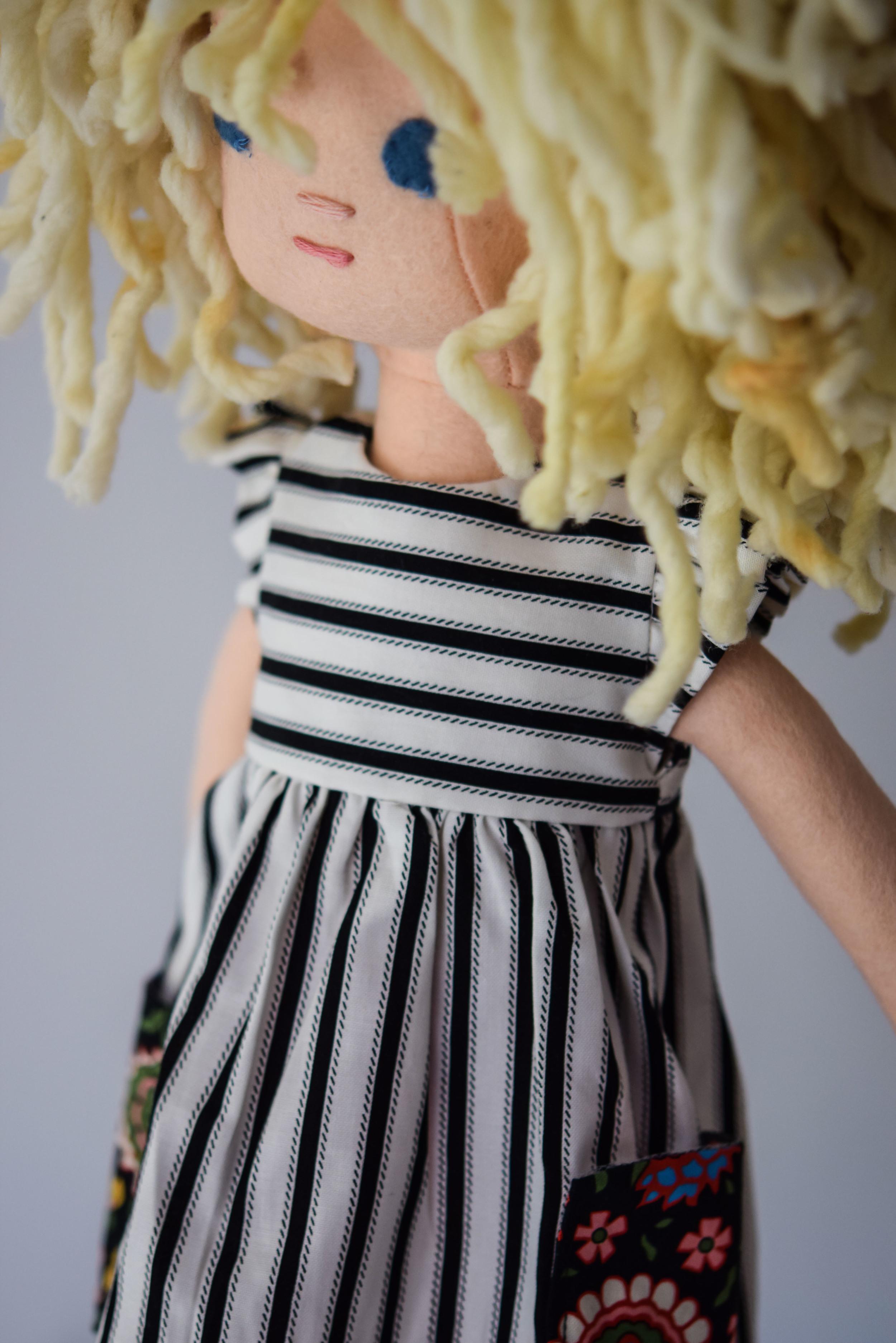 Phoebe and Egg Dolls-3.jpg