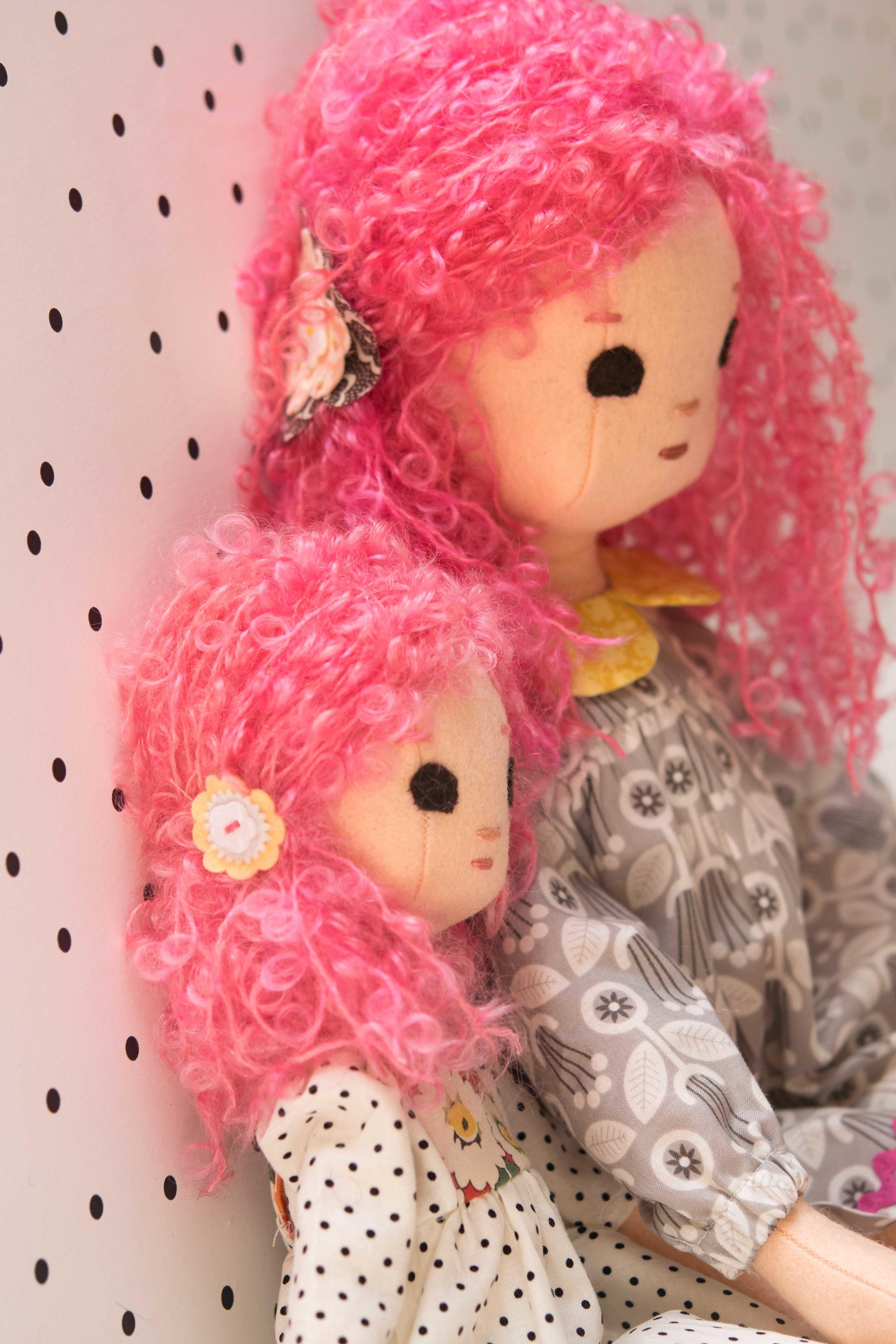 ExtraSmall Phoebe and Regular Sized Phoebe