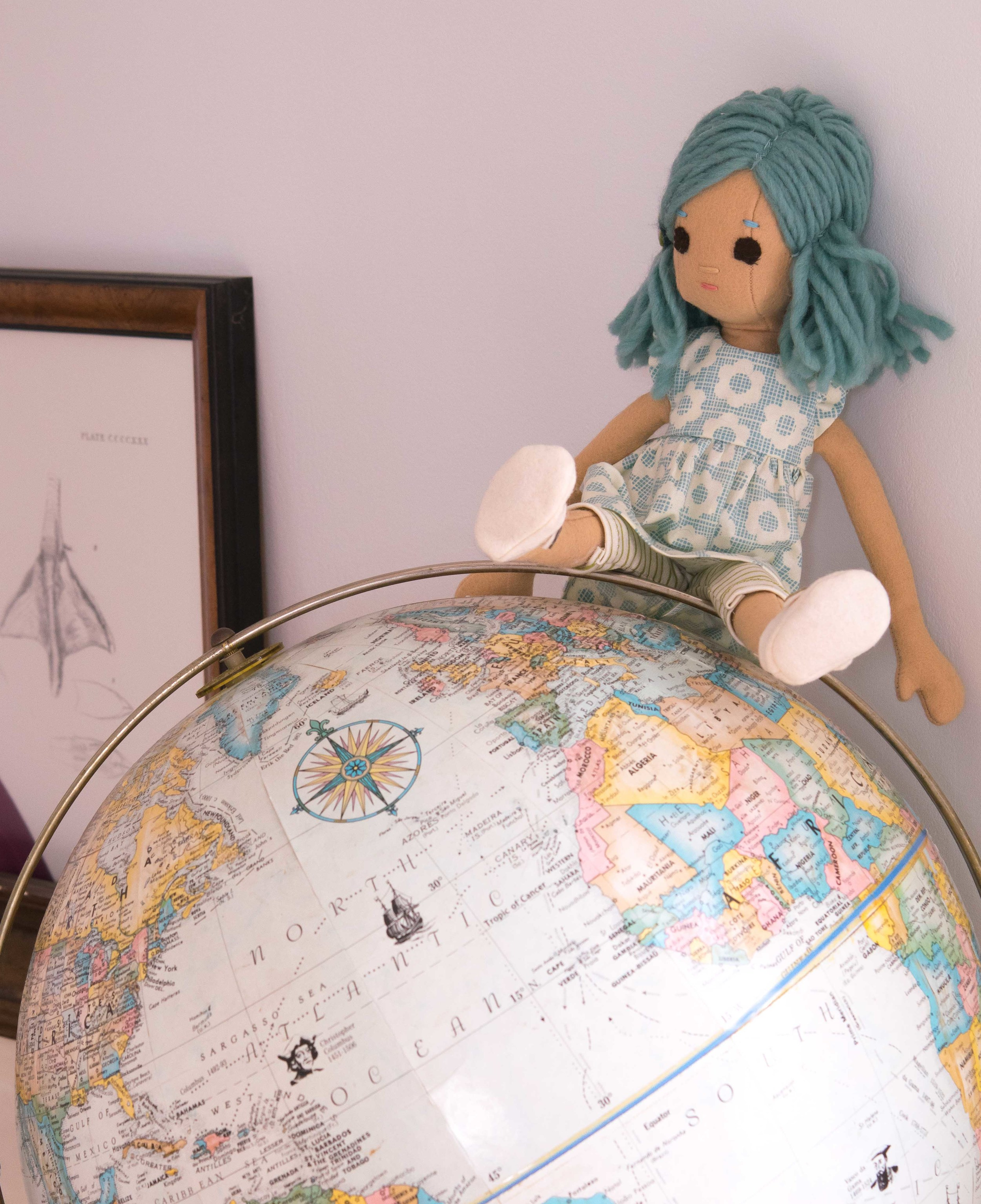 extrasmall Phoebe world-1.jpg