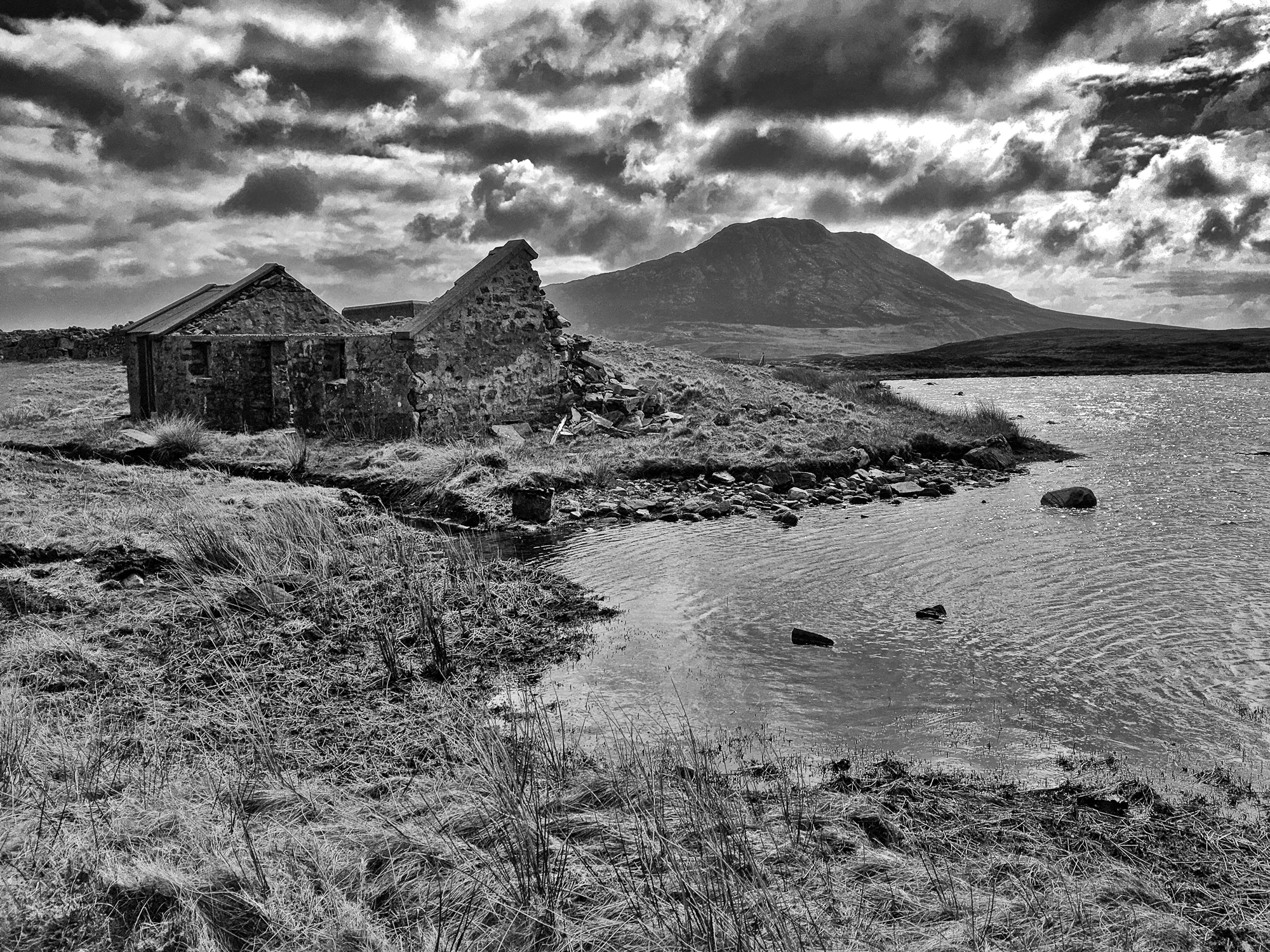 Ruined croft at Loch Eport.