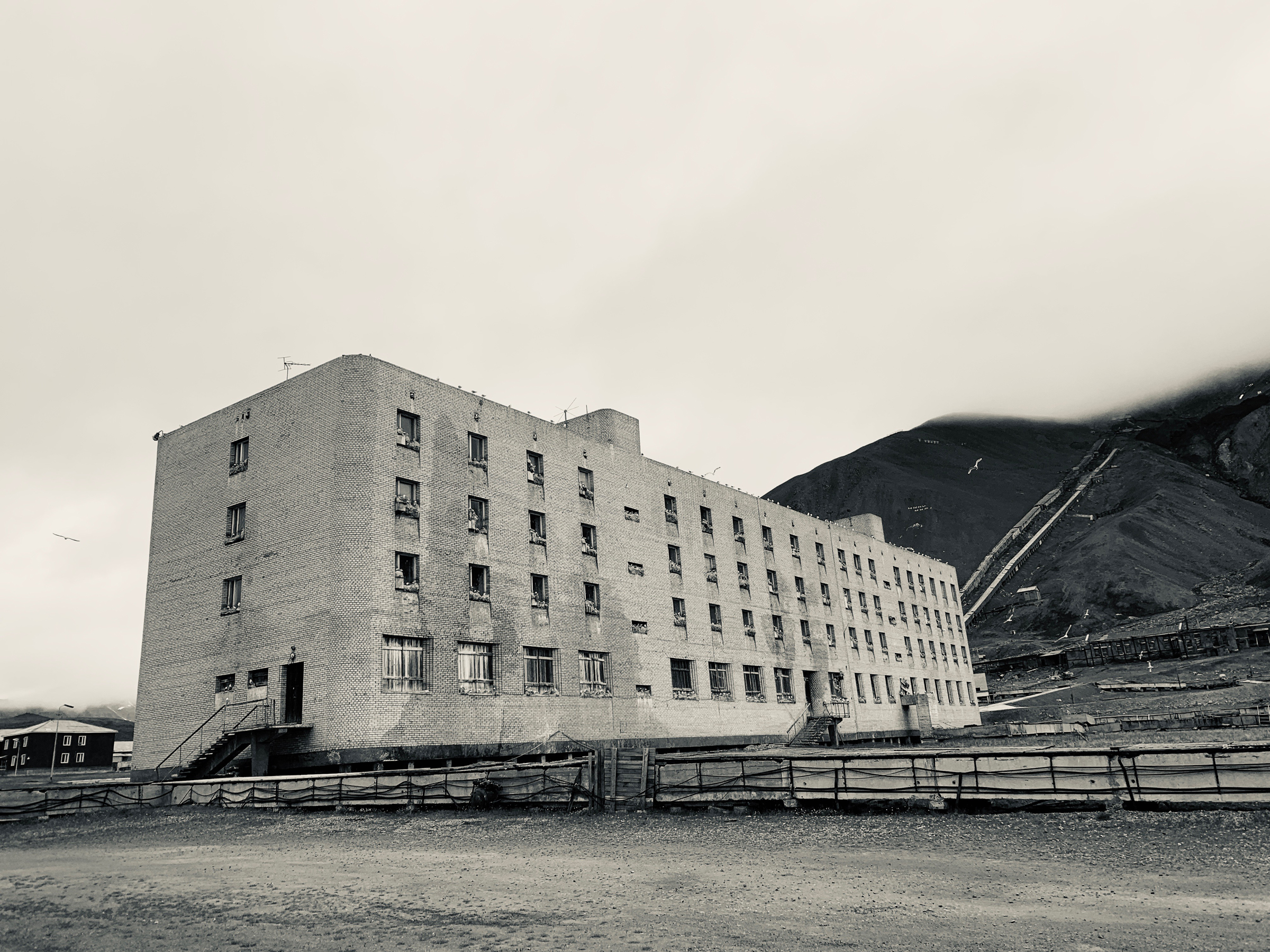 Worker's accommodation building, Pyramiden (Mike Watson).