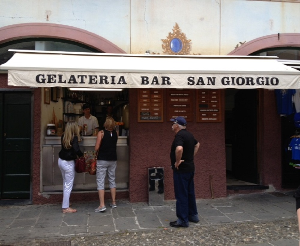 While walking back from the ferry to the hotel in Santa Margherita I spotted another gelateria and decided that I would try that one after dinner.   There were a few of us agents that decided we wanted pizza and wine for dinner that night.   After our dinner we walked back to the hotel and of course stopped for gelato at   Lato G.     All of us were extremely pleased so much so that one of the agents went back for another helping.  So if you are in these areas of Italy please go to these gelaterias.   You will not be disappointed.