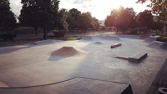 We just finished building this amazing @lndskt_ designed skatepark in Munich's Olympiapark and couldn't be happier with the way it flows and feels.  Fences are still up until 15th of July. We know it's tempting, but please be patient and do not skate until then!