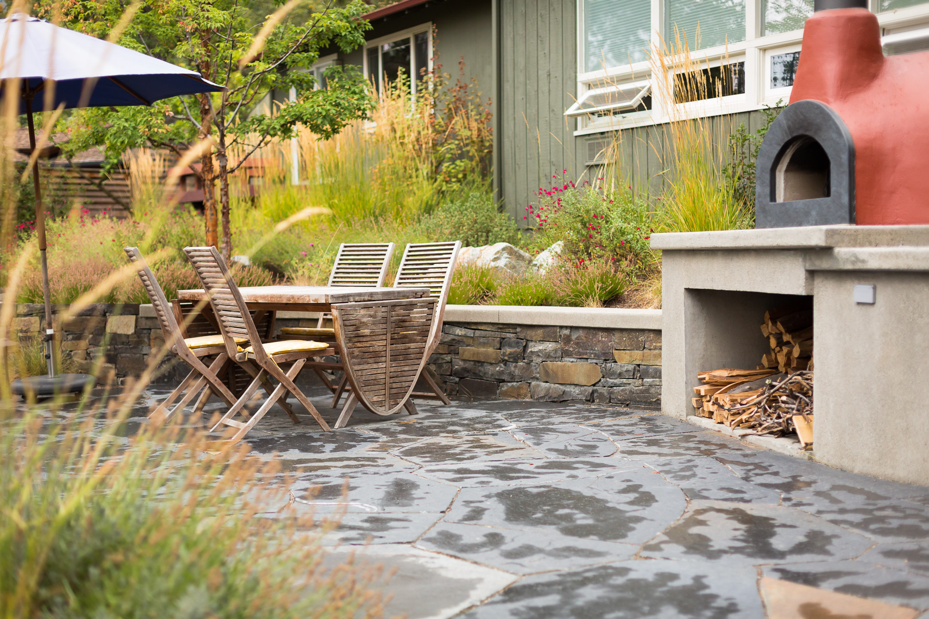 Dining Patio + Wood Fired Pizza Oven
