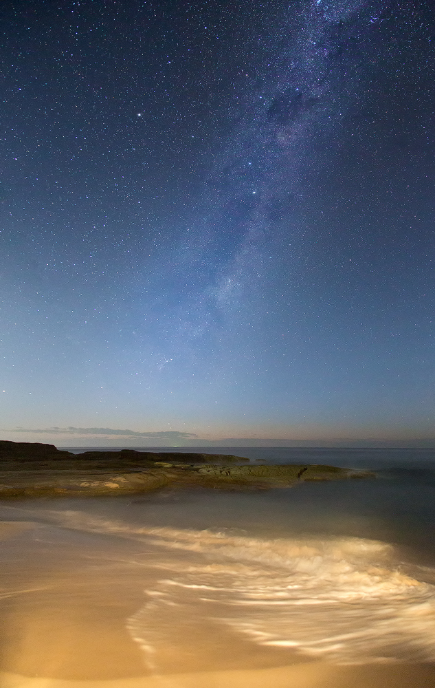 Settings: Canon 6D, 2 images x 20 sec, f/4, ISO 6400