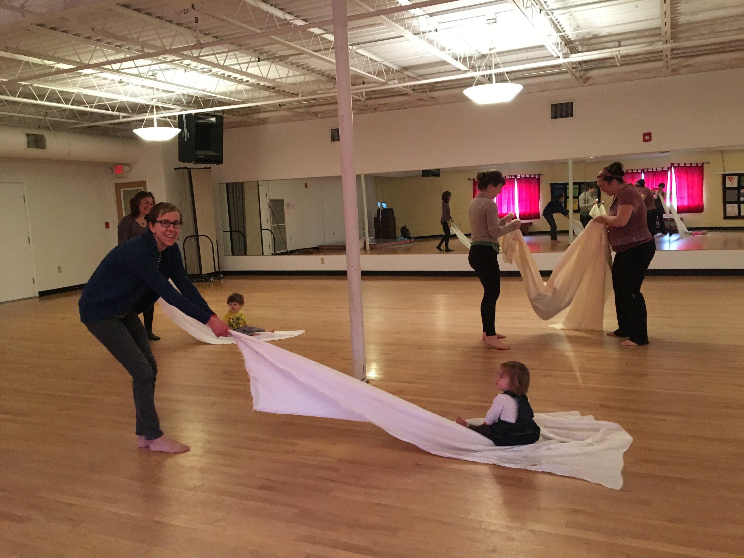Parent/Tot Creative Movement - Fun with sheets!