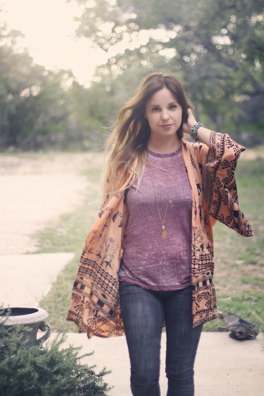 spell kimono + skinny jeans outfit post.jpg