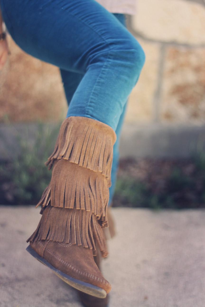 minnetonka fringe boots.jpg