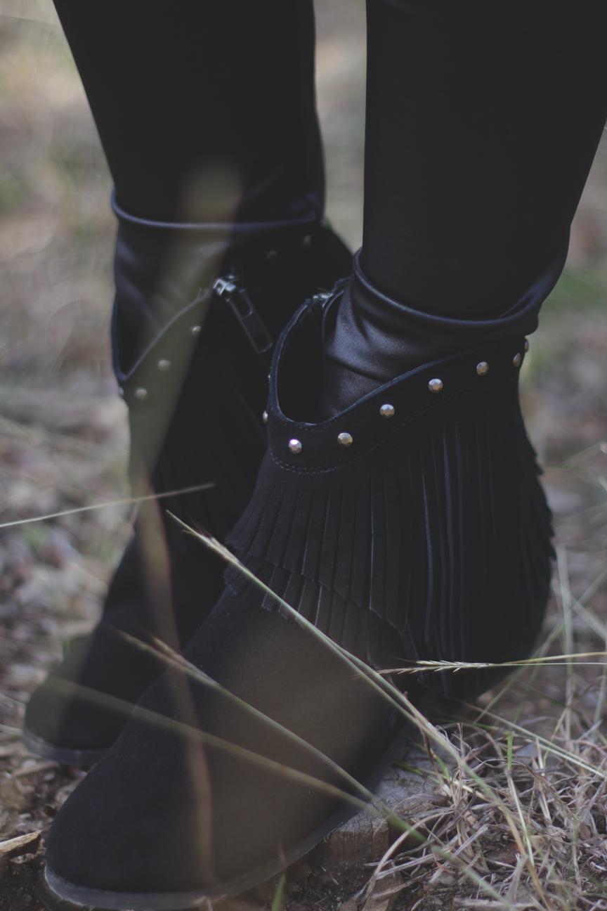 Minnetonka Bandera Boots