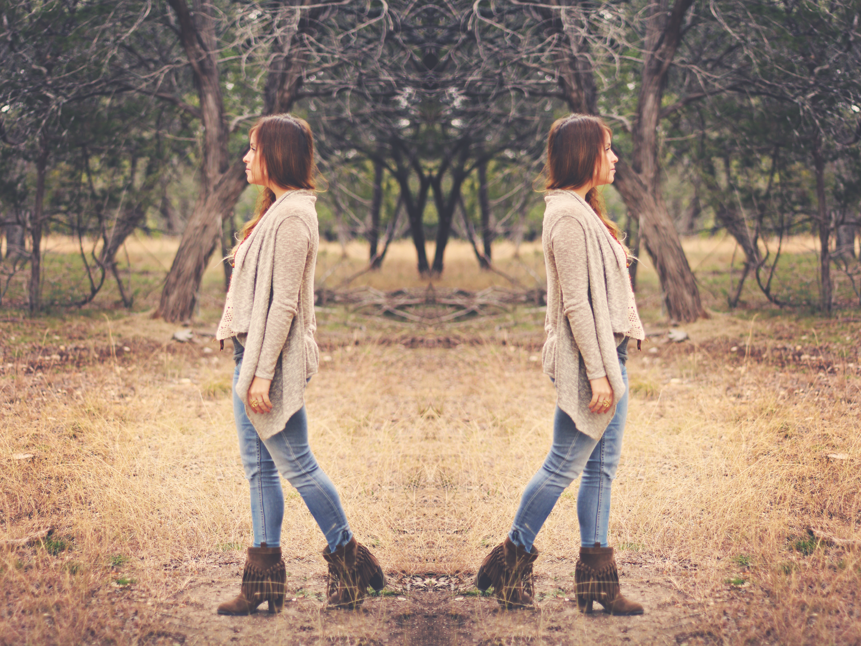 fringe boots double.png