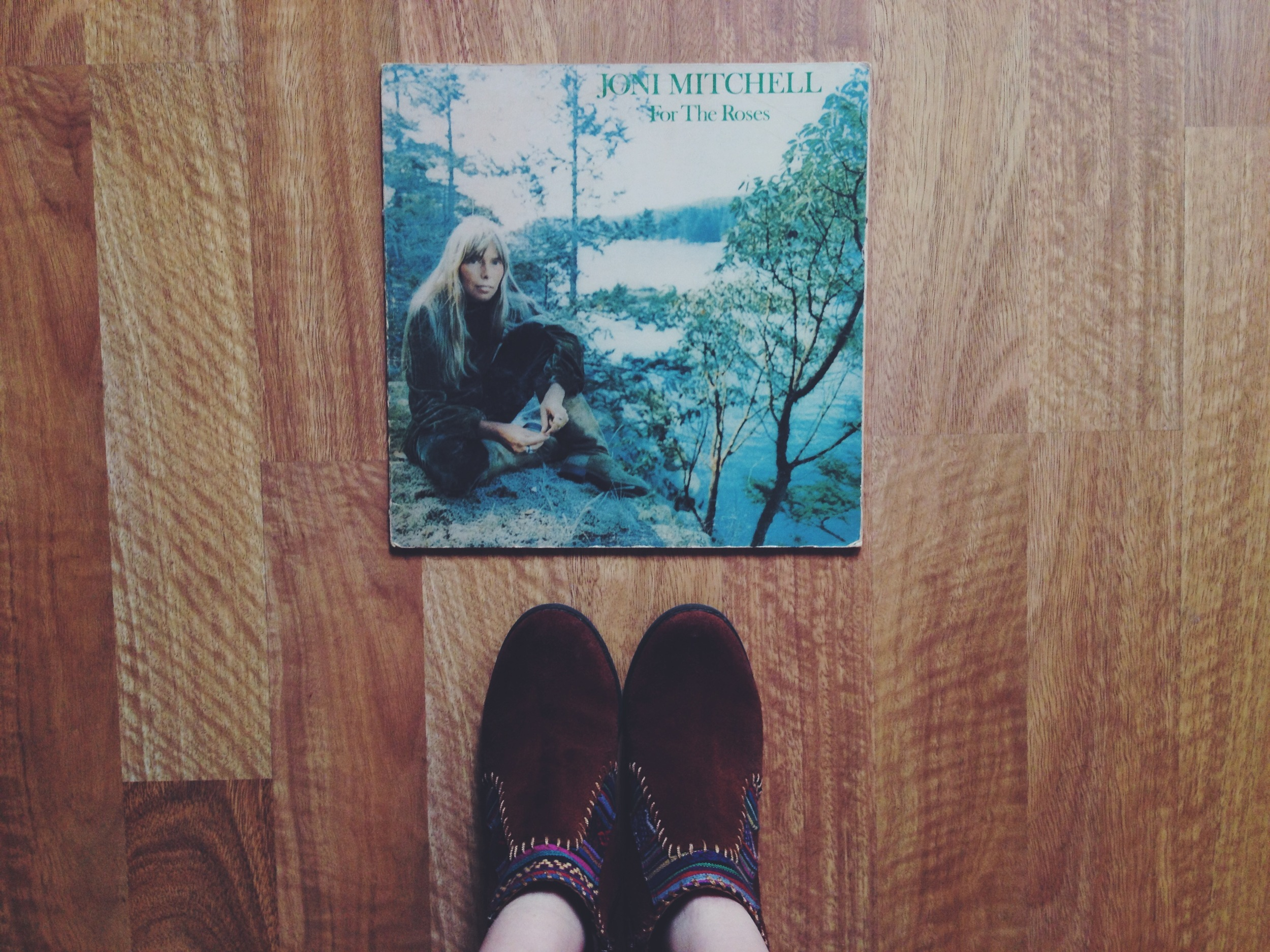 What better way to start your day then with Joni Mitchell...