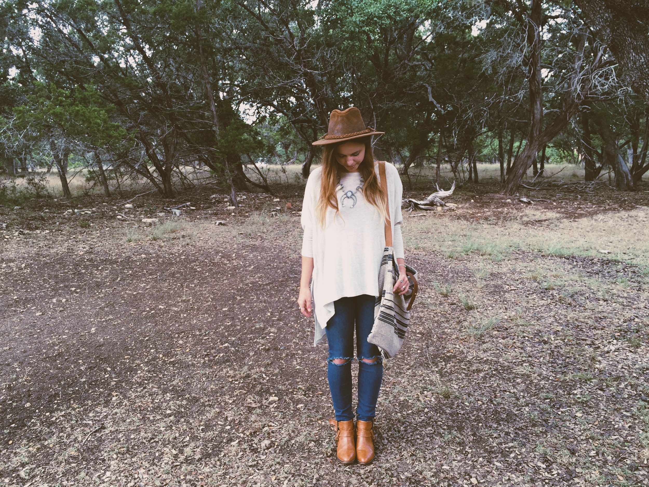 Aurora Shadow Necklace + Moorea Seal Bag + Dolkii Jeans + Free People Hat