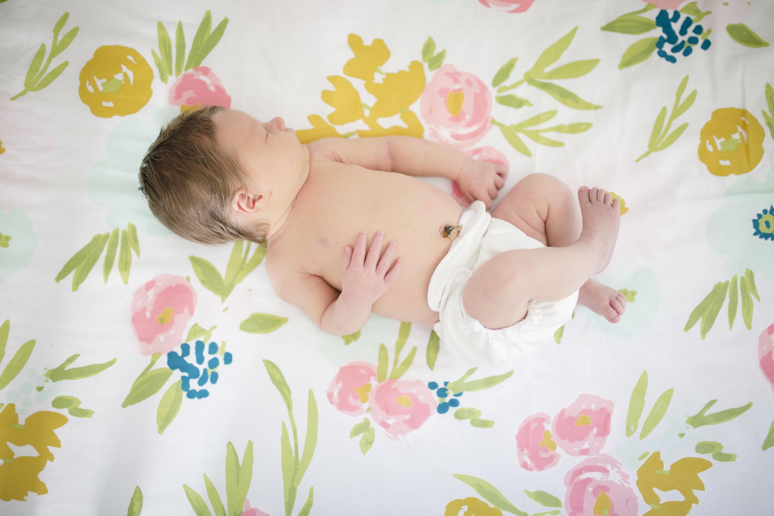 Nora - Newborn_4.JPG